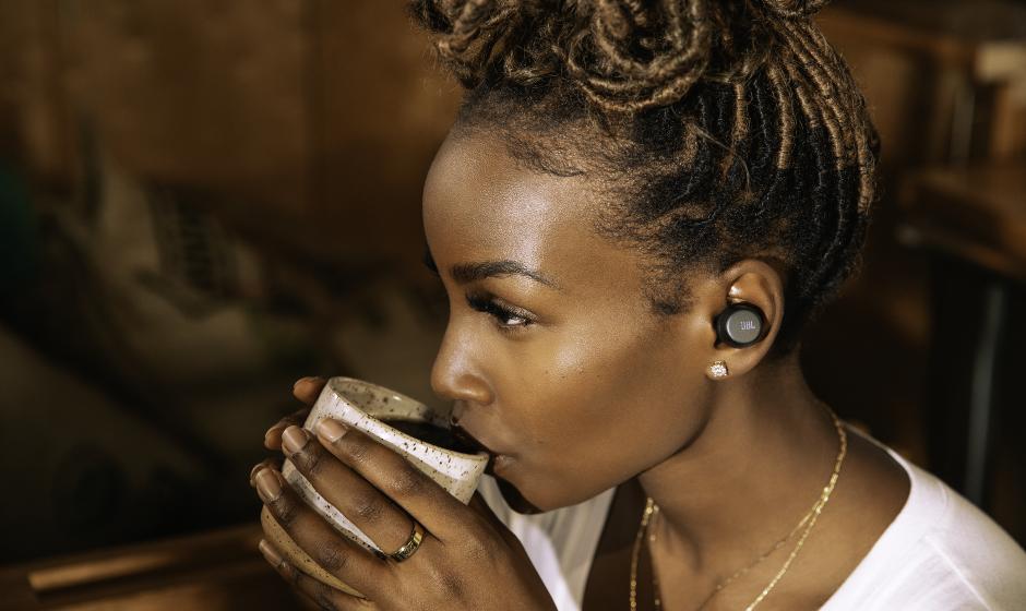 Cancelamento de ruído adaptativo com Smart Ambient